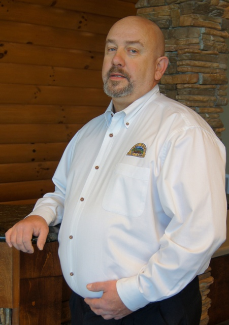 Blue Ridge Log Cabins: Eddie Ruff