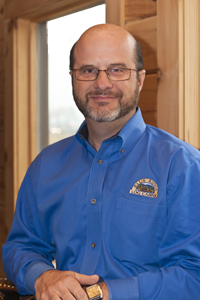 Log Home Builders: Freddie Jones