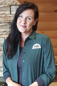 Log Home Builders: Christy Lundy