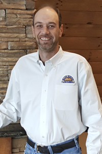 Log Home Builders: Jeff Kneisley
